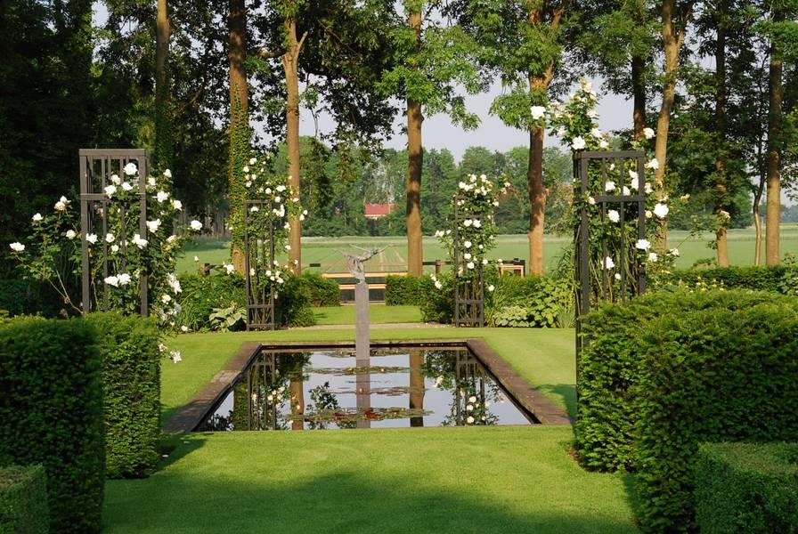 Mooie tuin in wolfheze met hoogteverschil bekijkt u de tuinfoto 39 s